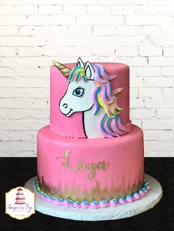 leya unicorn cake