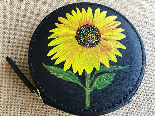 DANA~ Leather Circle Wallet