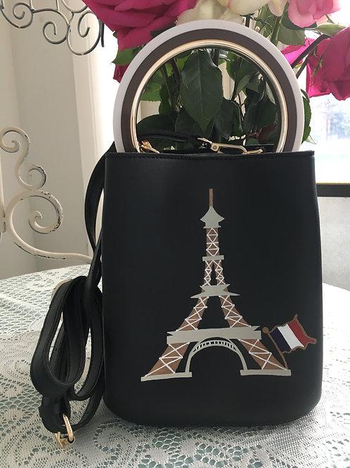 AIMEE: vegan black leather handbag with circle handle