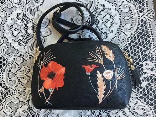 JOYCE: vegan leather handbag