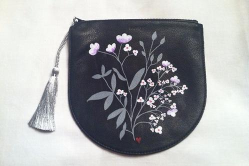 MIYAKO: black leather pouch