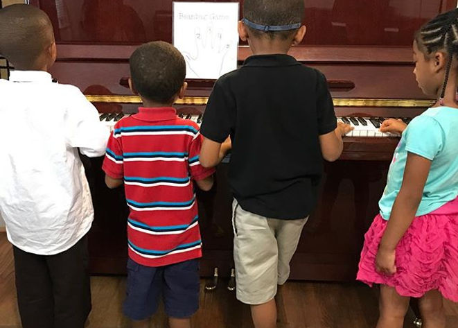 Can you find _C_ __#pianolessons #durham