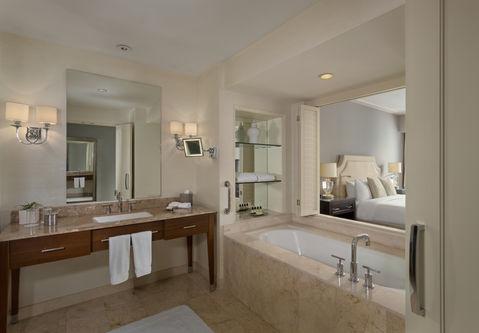Executive Room, Single Bed, Bathroom.jpg