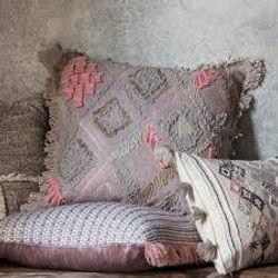 cushion 9.jpg