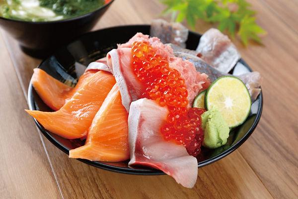 海鮮のっけ丼.jpg