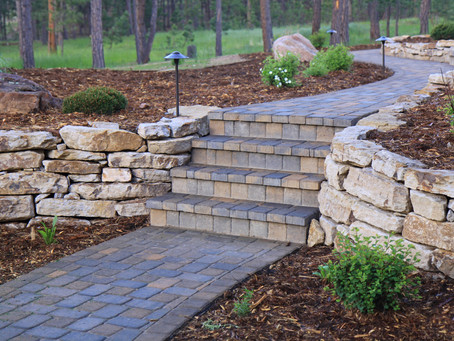Waterford, CT | Stone or Block Walls | Retaining Walls | Best Retaining Wall Builder