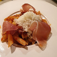 Penne arrabiata with dried chilli and Parma ham