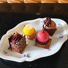 Mini size cake price per piece*