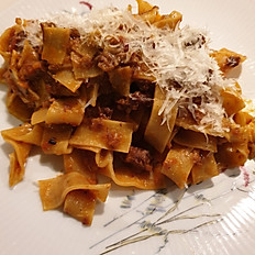 Tagliatelle with ragout bolognese