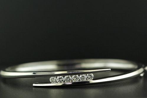 0.78 Carat Five Stone Round Cut Diamond Row Bangle
