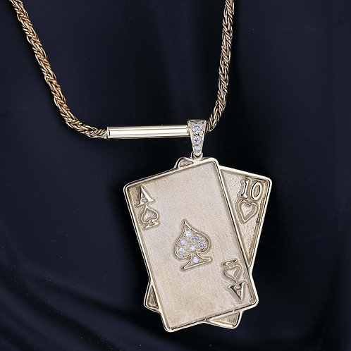 0.18 Carat 21 Poker Diamond Accented Pendant