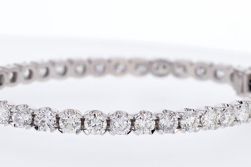 12 Carat Round Cut Diamond Bangle
