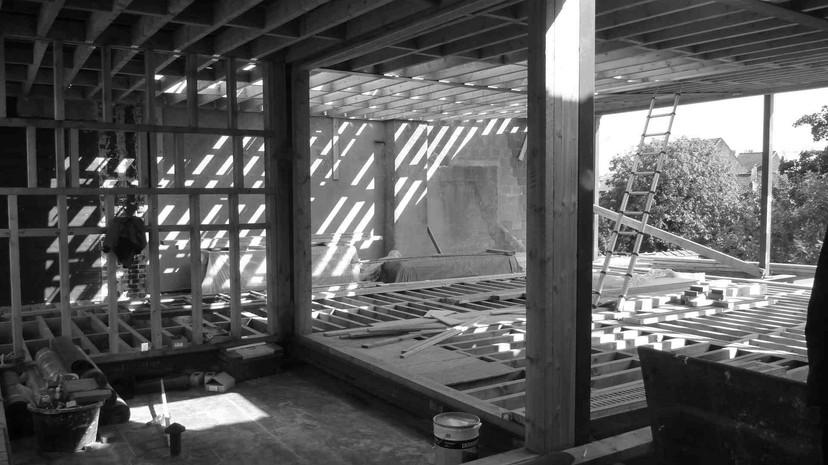 Réhausse à Jette: chantier à ossature bois