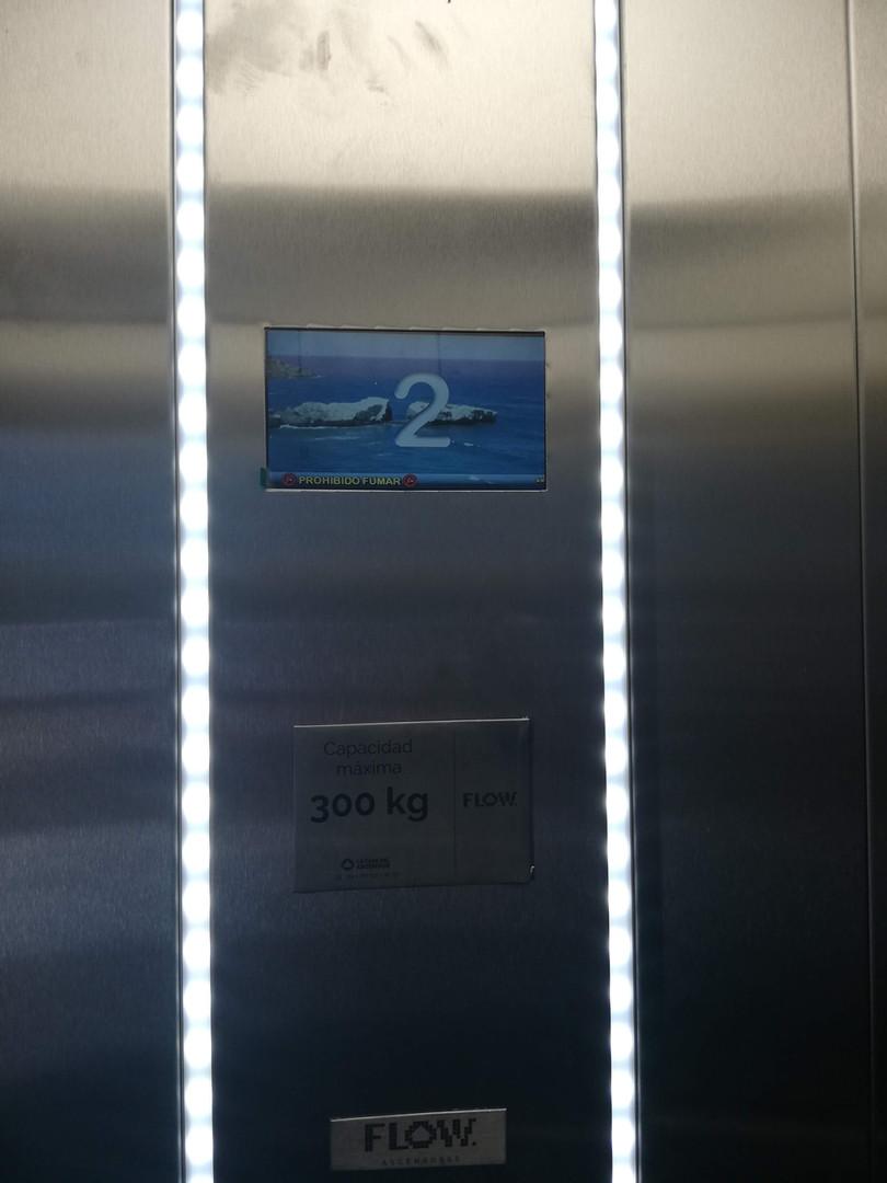 Botonera de ascensor para llamadas de piso