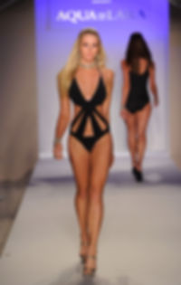 Valerie Carpender, Miami Swim Week, Aqua Di Lara, runway, moel