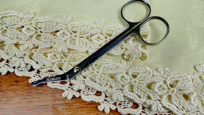 Floriani Lace/Stabilizer Trimming Scissors