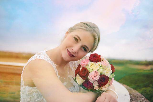 Die Braut auf dem Hoschter Turm.jpg
