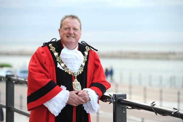 Wirral Mayor Les Rowlands.jpg