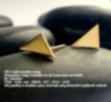 ARC GOLD triangle stud earrings - Copy.j