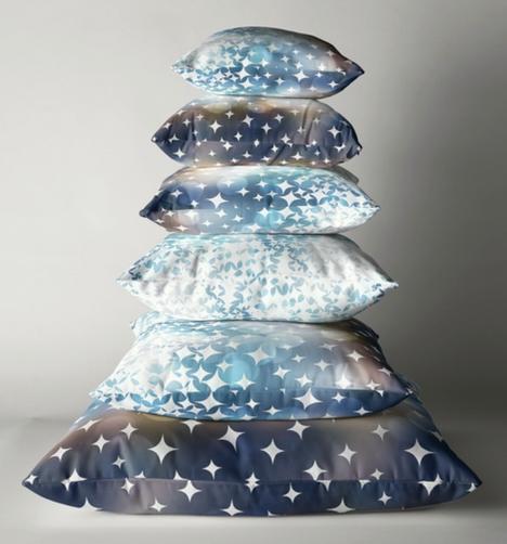 Big Glitter Stardust Pillows.png