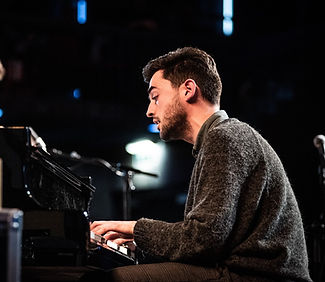 foto with piano.jpg