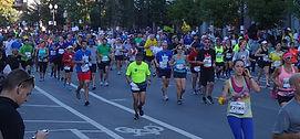 Marathoncrowd-b_edited.jpg