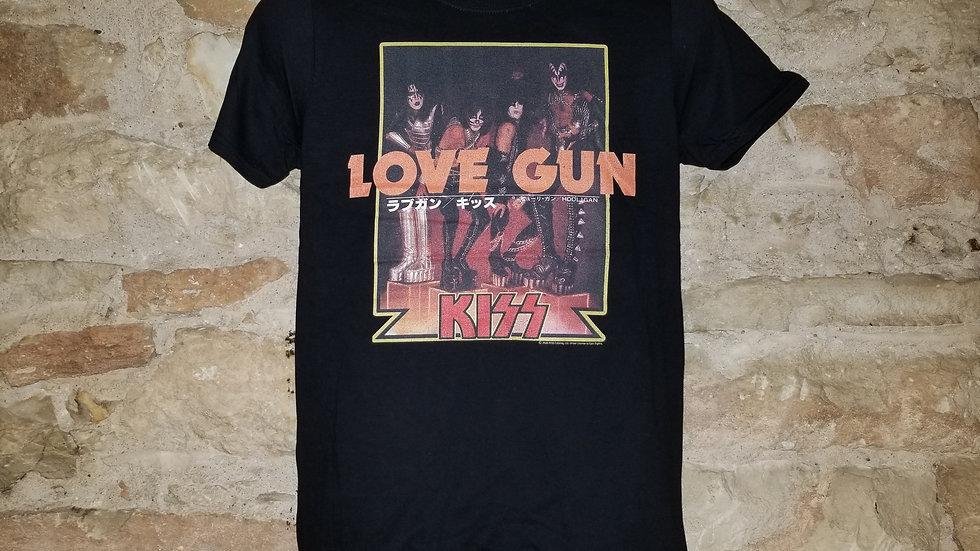 KISS LOVE GUN TEE