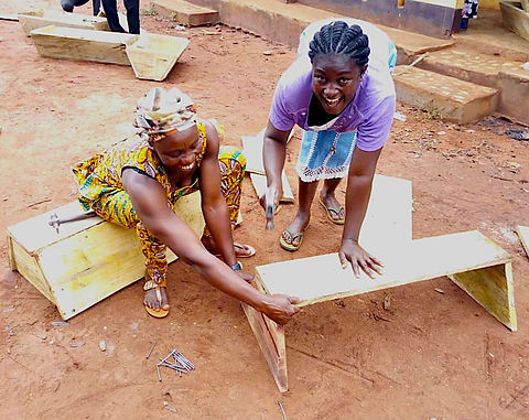 5) Boabeng-&-Fiema-beekeepers.jpg
