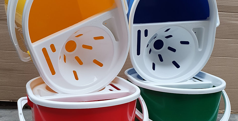 Plastic Bucket with Sieve