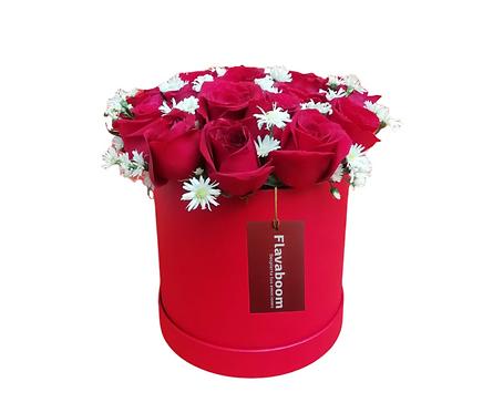 Sombrerera con 20 rosas