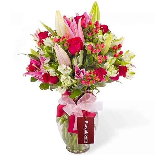 Maria Cataleya - Arreglo floral en florero ánfora