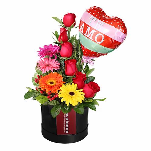 Arreglo floral de Rosas PREMIUM, gerberas y verdes selectos