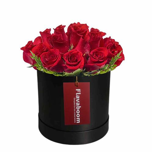 Sombrerera Mediana con 16 rosas PREMIUM