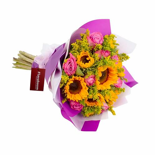 Ramo de girasoles, rosas PREMIUM y solidago
