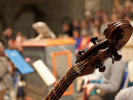 Unser Orchester spielt auf historischen Instrumenten