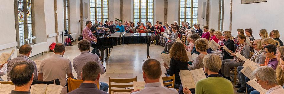 Der Chor probt im Haus der Begegnung in Ulm