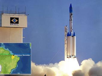Como outrora: general dos EUA visita o Brasil para reestabelecer influência sobre militares brasilei