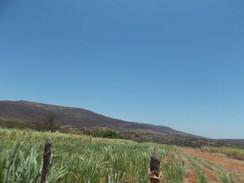 Rota do Cangaço na Paraíba: coito de Lampião na Fazenda Prata segue intacto, em Patos de Irerê