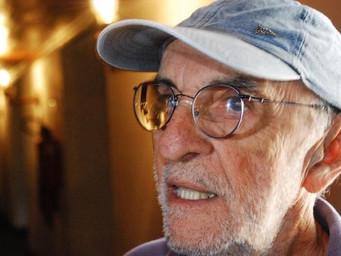 Fernando Teixeira pensa em novo projeto teatral, critica atual gestão de Damião na Cultura e aposta
