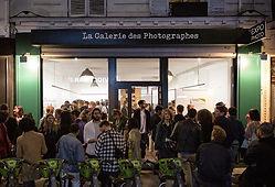 Vitrine-la-galerie-des-photographes-pari