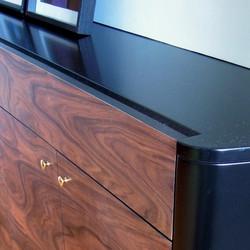 meuble_custom_integre_bois__rosewood_noir_octobre design