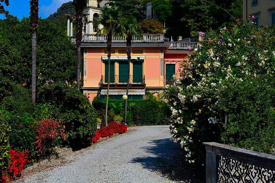 A Blevio, appartamento in villa storica