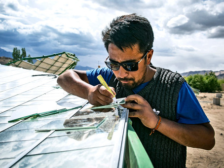 NEW SOLAR PANEL MATERIAL CAN TAKE MORE HEAT