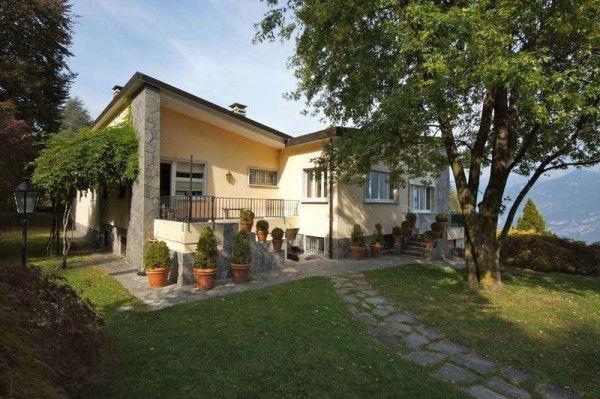 Civenna Villa Maggi
