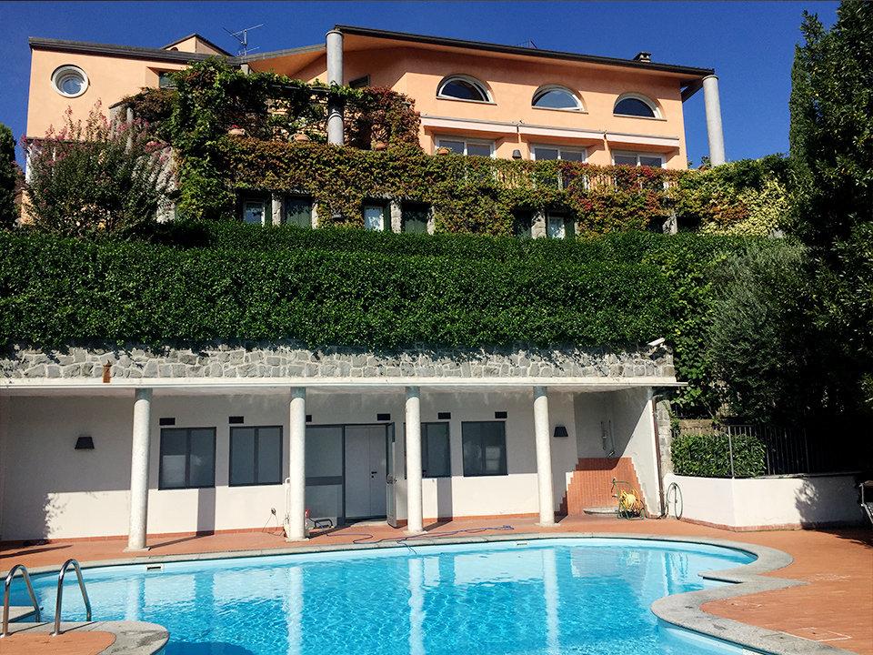 Valmadrera villa con piscina