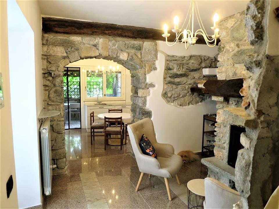 Magreglio, bella casa indipendente