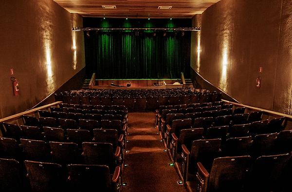 foto 2 - teatro minaz.png