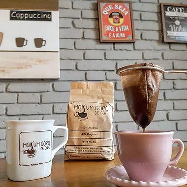 FOTO 2 - MAIS UM COPO DE CAFE.jpg