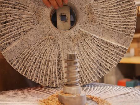 Moulin Astrié : Quelle taille de meules choisir ?