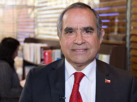 """Senador Kenneth Pugh: """"Chile necesita crear conocimiento propio de Ciberseguridad"""""""